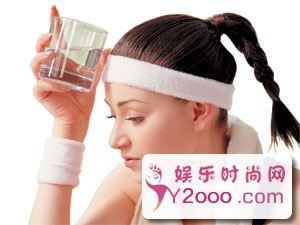 冬季如何保持皮肤水润的锦囊妙计_Y2OOO.COM第2张
