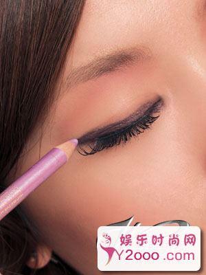 图解5款最惊艳的时尚派对妆容_Y2OOO.COM第2张