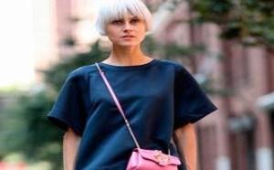 服饰搭配:国际流行时尚运动鞋+裙装才是绝配