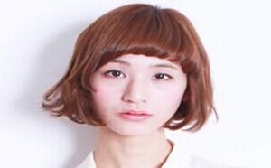 流行发型:清爽减龄短发速显示美丽