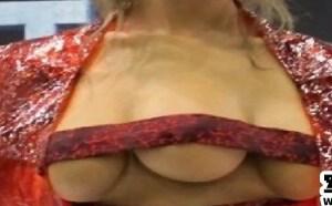 星闻:三个乳房的女人你看见过吗?