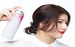 时尚发型:头发绑成半扎发丸子头