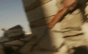 社会百态邪恶图片:恐怖残忍爆头画面gif动图,胆小慎看