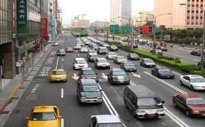 新手上路开车技巧:新驾驶员新手上路