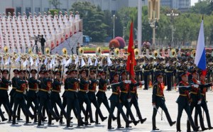 """军情观察室:中国阅兵恐吓美日?少将""""做贼心虚才觉得被针对"""""""