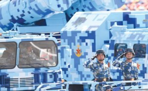 军情解码:100多位驻威海军官兵接受检阅
