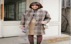 穿衣打扮:女孩狂热的格子控,经典而优雅的格子大衣永远不会过时