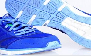 跑步是时下比较热门的一种运动减肥方式