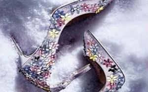 你的购物清单上的下一件事很可能是一对婚鞋!