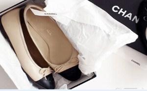 除了小白鞋还有什么可以穿?其实你的鞋柜里早就有了它。▼