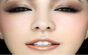 你了解化妆品的使用顺序吗,使用顺序很讲究的哦