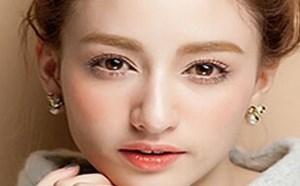 简易好气色秋冬妆容 超详细化妆技巧步骤教学图