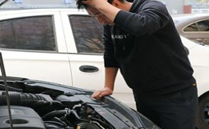 车辆发生故障时,如何辨别问题的原因