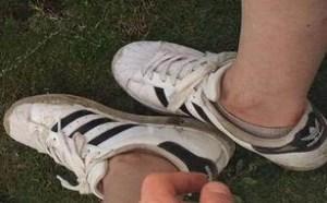 小白鞋变脏了怎么办?如何清洗更干净