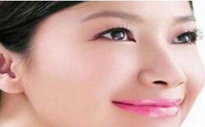 护唇如护脸 夏日DIY唇部护理的方法