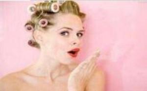 脸上毛孔粗大怎么引起的 改善毛孔粗大的方法