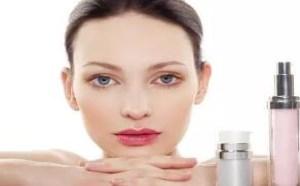 护肤品怎么使用 涂抹护肤品的正确手法