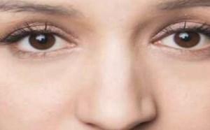鼻子大鼻翼宽化妆步骤详解