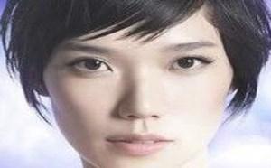 眉上刘海怎么剪显得呆萌时髦又好看?