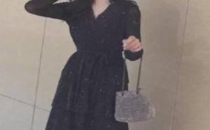 黑色蛋糕裙配什么鞋子好看图片欣赏