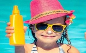 涂防晒会堵塞毛孔吗 防晒霜的正确使用方法是什么
