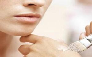 怎么解决化妆脖子和脸不一样白的问题