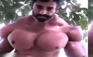 肌肉男展示超大胸肌 让平胸女何去何从 104